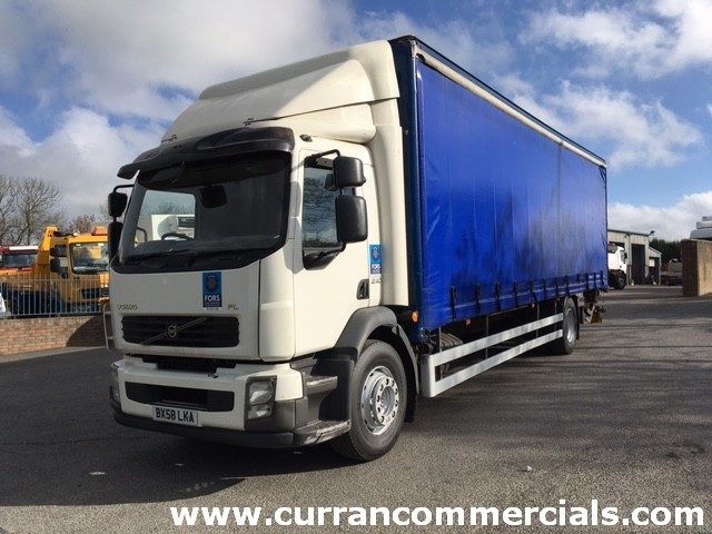 2009 volvo fl240 18 ton curtainsider with tail lift for sale