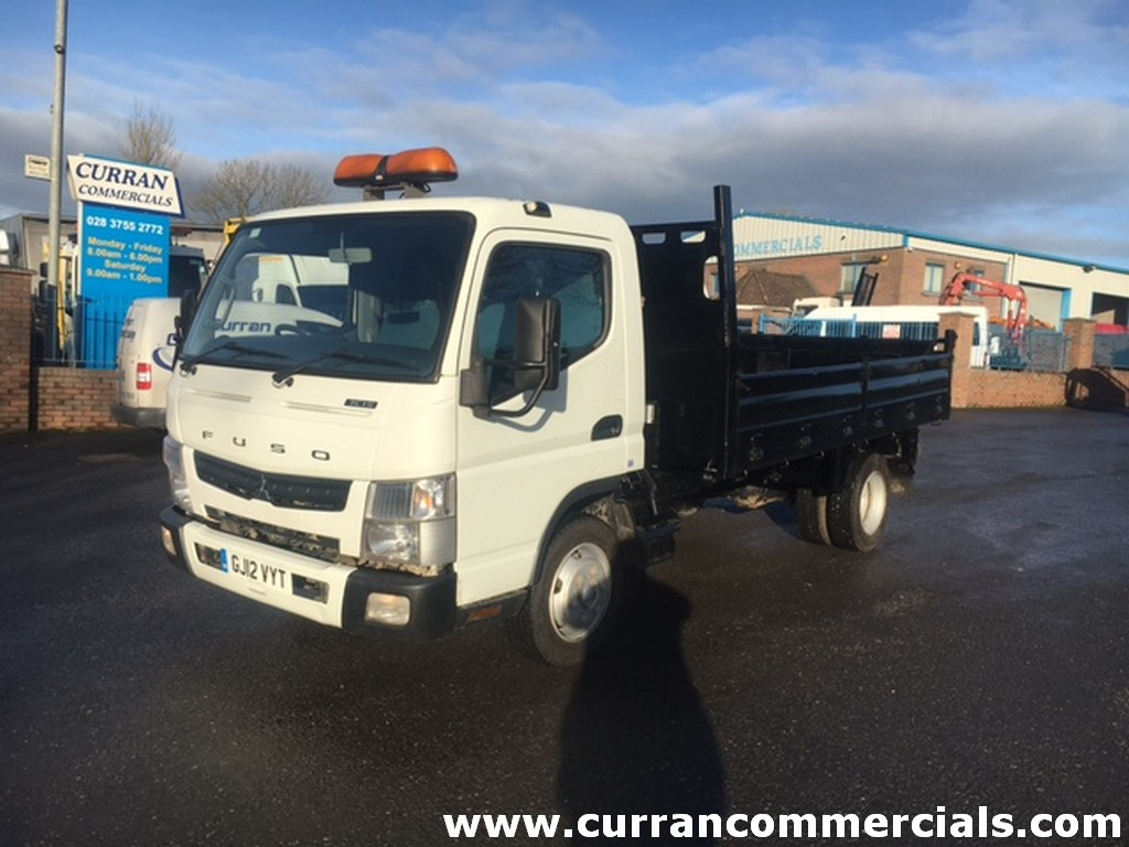 2012 mitsubushi canter fuso 7c15 7.5 ton insulated tipper for sale
