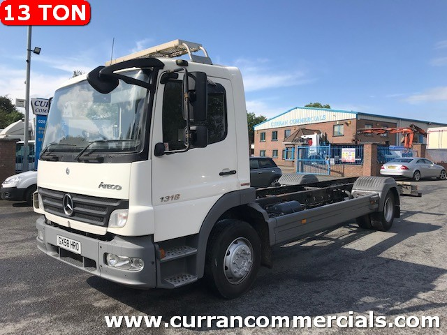 2008 mercedes 1318 13 ton on air  20ft chassis cab