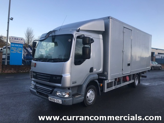 2010 daf lf 45 160 7.5 ton sleeper cab 20ft box with tail lift