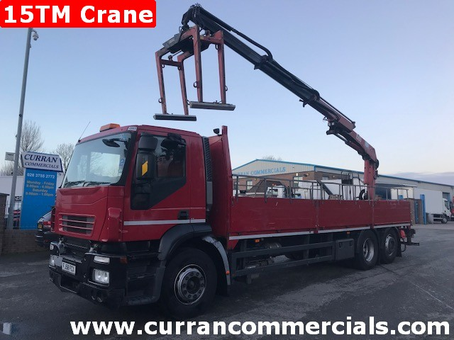 2008 iveco stralis 310 6x2 26 ton flat with 15tm crane and grab