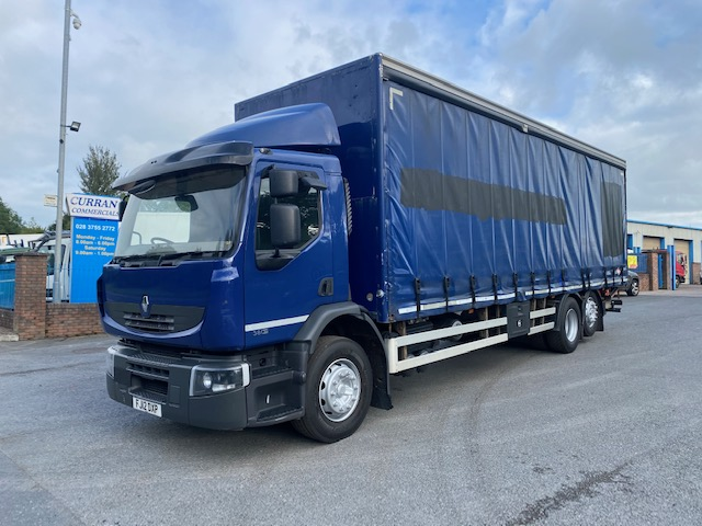 2012 renault premium 380dxi 6x2 28ft curtainsider with tail lift