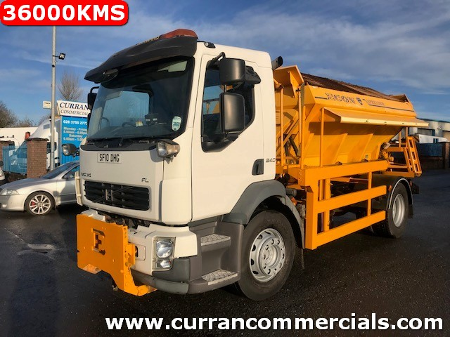 2010 volvo fl240 4x2 18 ton with econ gritter only 36000kms