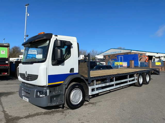 2012 renault premium 380dxi 6x2 26 ton 30ft wedged beavertail with winch