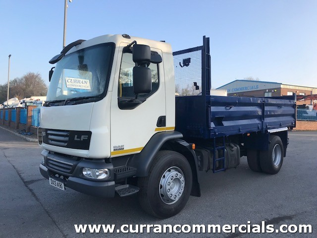 2013 daf lf 55 220 euro 5 18 ton dropside tipper with tar chutes and hitch