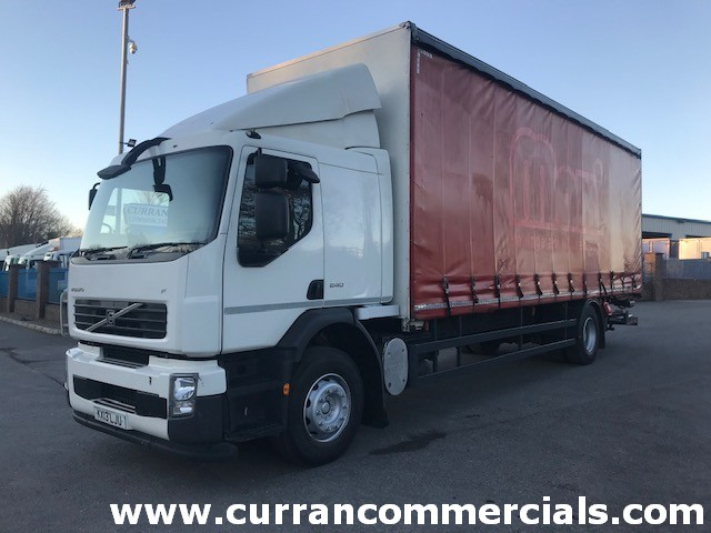 2013 volvo fl240 18 ton curtainsider with 2 ton tail lift