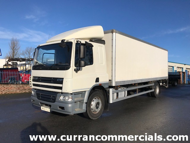 2011 daf cf 65 220 18 ton box with tail lift