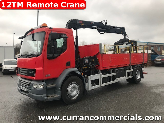 2011 daf lf 55 220 4x2 18 ton dropside flat with 12tm remote hiab crane with brick grab