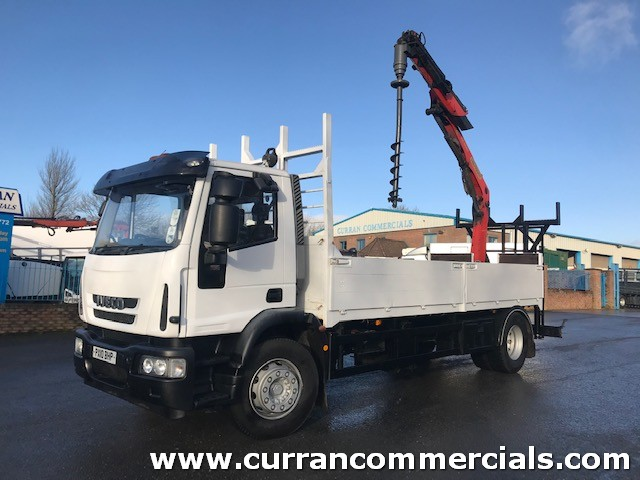 2010 iveco 180e25 18 ton flat with 11TM remote crane with polling auger and pole racks