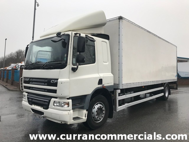 2007 daf cf 65 250 4x2 on air 18 ton grp box with tail lift