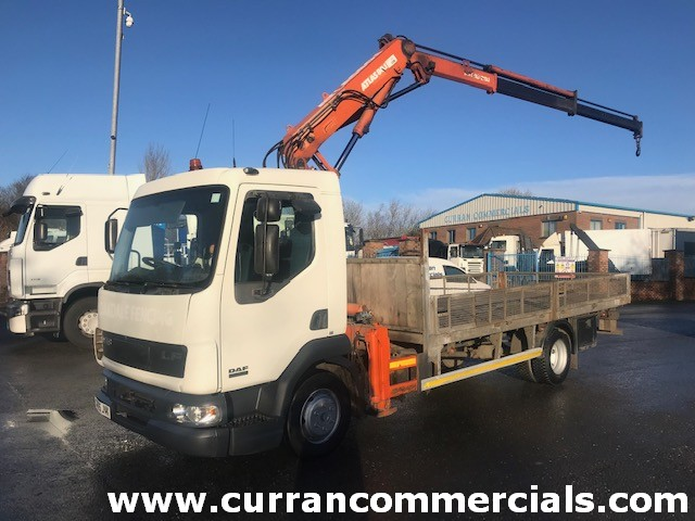 2005 daf lf 45 150 7.5 ton 17ft dropside flat with atlas crane