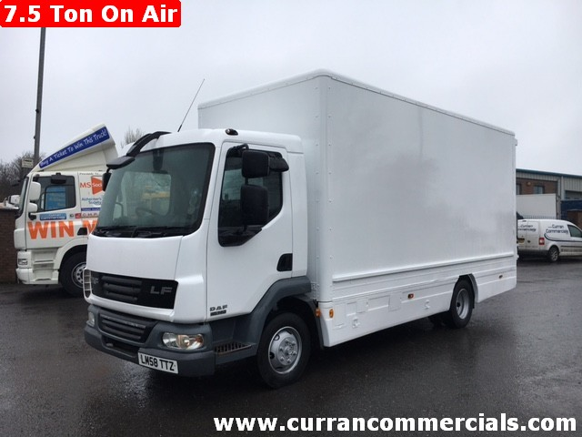 2009 daf lf 45 140 7.5 ton box with tail lift for sale