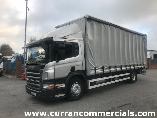 2008 scania p230 18 ton curtainsider with tail lift