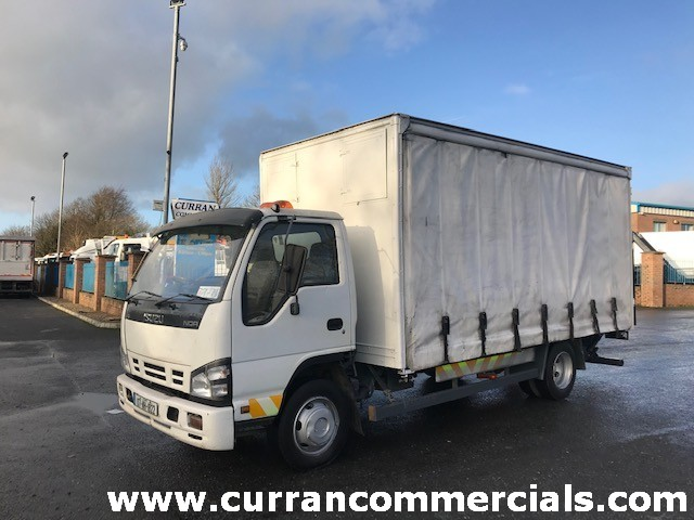 2007 isuzu nqr 7.5 ton 1x box side 1x curtainside with tail lift